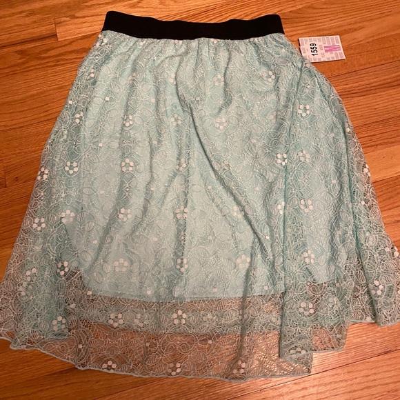 LuLaRoe Dresses & Skirts - Lola